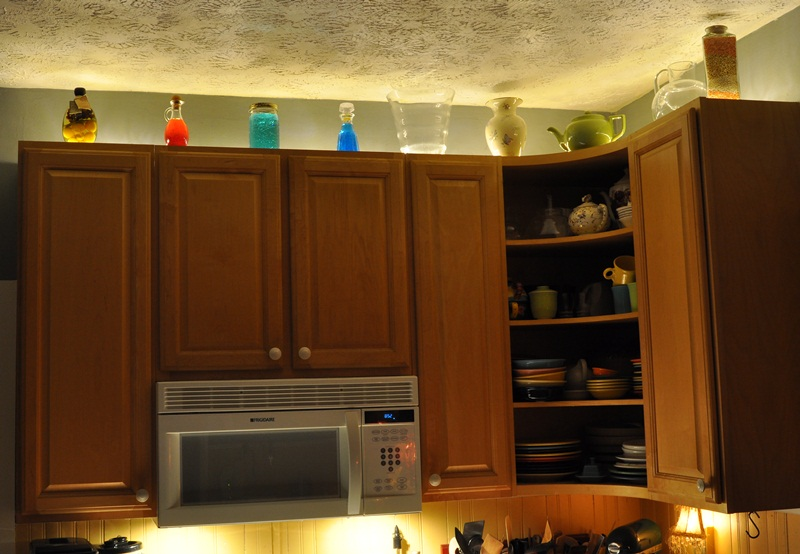 Above Kitchen Cabinet Rope Lighting